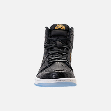 Front view of Men's Air Jordan 1 Retro High OG Basketball Shoes in Black/Metallic Gold/Summit White