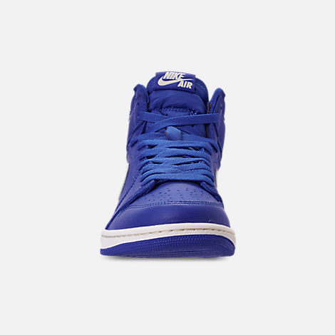 Front view of Men's Air Jordan 1 Retro High OG Basketball Shoes in Hyper Royal/Sail