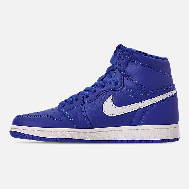 Left view of Men's Air Jordan 1 Retro High OG Basketball Shoes in Hyper Royal/Sail
