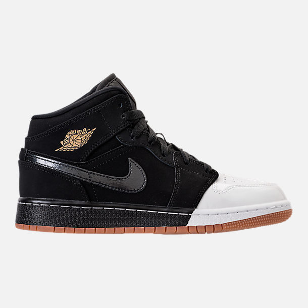 Right view of Girls' Grade School Air Jordan 1 Mid Basketball Shoes in Black/Metallic Gold/White/Gum Med