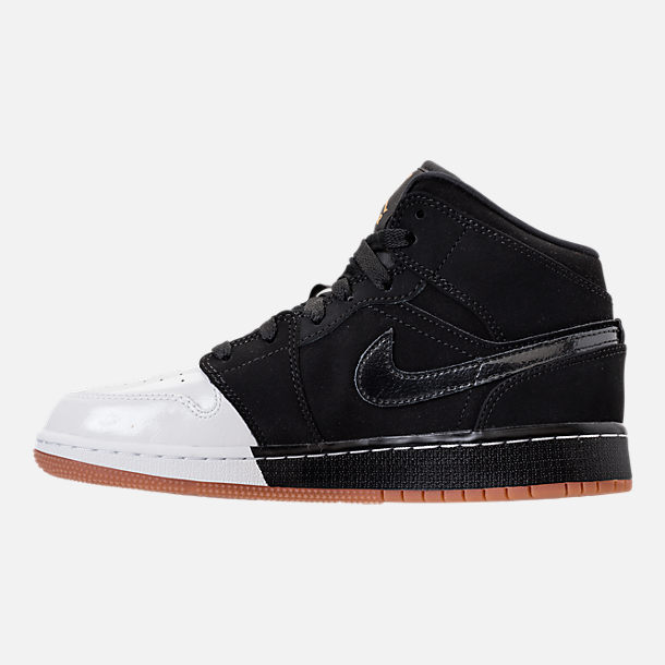 Left view of Girls' Grade School Air Jordan 1 Mid Basketball Shoes in Black/Metallic Gold/White/Gum Med