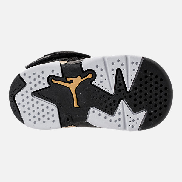 Bottom view of Boys' Toddler Air Jordan Flight Club '91 Basketball Shoes in Black/Metallic Gold/White