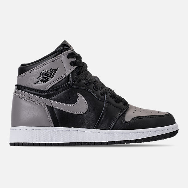 Right view of Kids' Grade School Air Jordan Retro 1 High OG Casual Shoes in Black/Medium Grey/White/Shadow