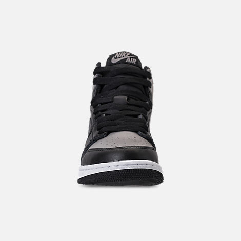 Front view of Kids' Grade School Air Jordan Retro 1 High OG Casual Shoes in Black/Medium Grey/White/Shadow