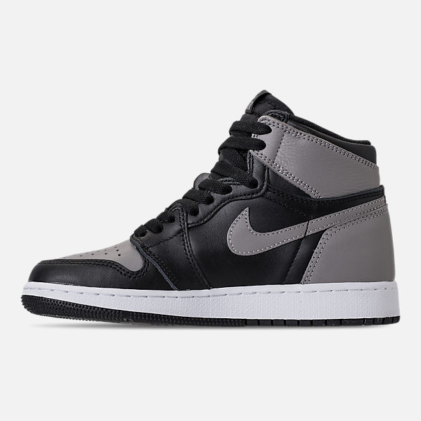 Left view of Kids' Grade School Air Jordan Retro 1 High OG Casual Shoes in Black/Medium Grey/White/Shadow