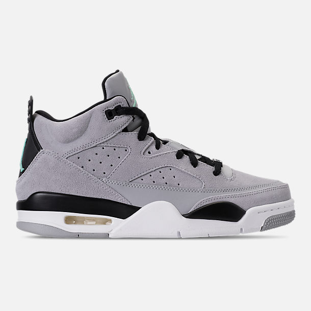 Right view of Men's Air Jordan Son of Mars Low Off Court Shoes in Wolf Grey/Emerald Rise