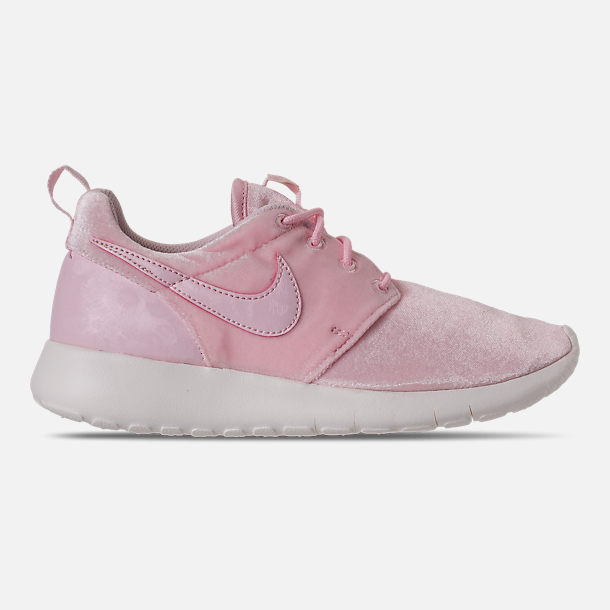 Right view of Girls' Grade School Nike Roshe One Casual Shoes in Arctic Pink/Sail