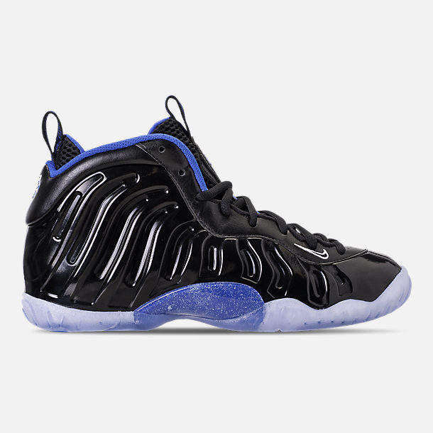 Right view of Kids' Grade School Nike Little Posite One Basketball Shoes in Black/White/Hyper Royal