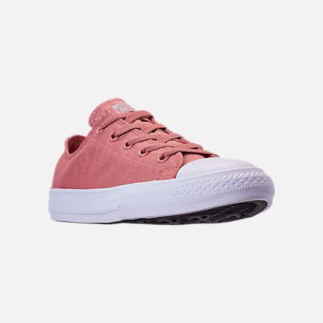 Three Quarter view of Girls' Big Kids' Converse Chuck Taylor Ox Casual Shoes in Rust Pink/White