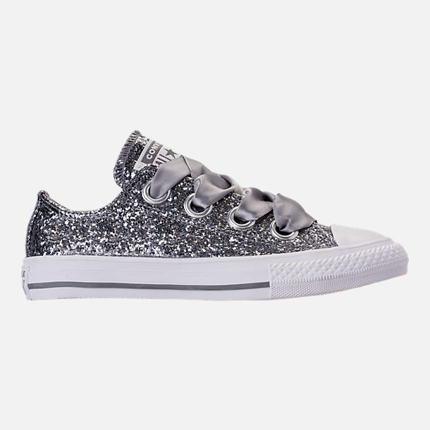 Right view of Girls' Little Kids' Converse Chuck Taylor All Star Sparkle Big Eyelets Satin Casual Shoes in Mason/White/White