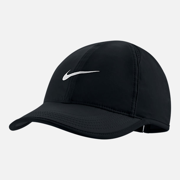 Front view of Women's Nike Court AeroBill Featherlight Adjustable Tennis Hat in Black