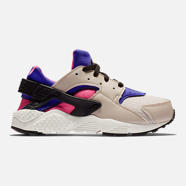 bbba044ad05a Right view of Boys  Little Kids  Nike Huarache Run Casual Shoes in Desert  Sand