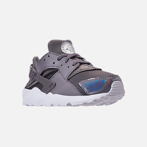 Three Quarter view of Girls' Little Kids' Nike Huarache Run Running Shoes in Gunsmoke/Metallic Silver/White