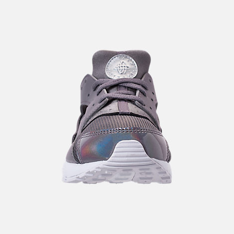Front view of Girls' Little Kids' Nike Huarache Run Running Shoes in Gunsmoke/Metallic Silver/White