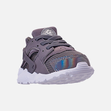 Three Quarter view of Kids' Toddler Nike Huarache Run Casual Shoes in Gunsmoke/Metallic Silver/White