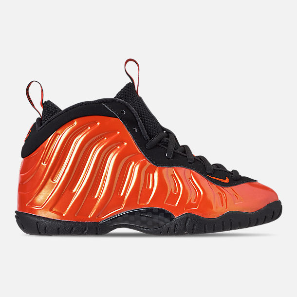 Right view of Little Kids' Nike Little Posite One Basketball Shoes in Habanero Red/Habanero Red/Black