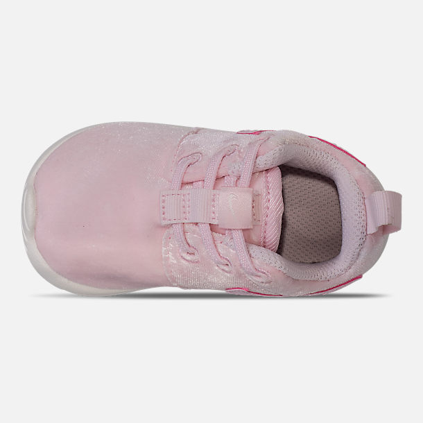 Top view of Girls' Toddler Nike Roshe One Casual Shoes in Arctic Pink/Sail