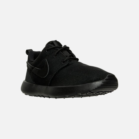 Three Quarter view of Boys' Little Kids' Nike Roshe One Casual Shoes