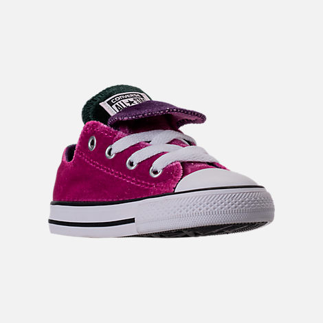 Three Quarter view of Girls' Toddler Converse Chuck Taylor All Star Velvet Double Tongue Casual Shoes in Pink Sapphire/Deep Emerald