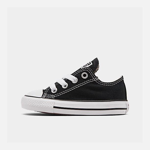 Right view of Kids' Toddler Converse Chuck Taylor Ox Casual Shoes in Black
