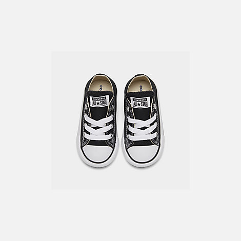 Back view of Kids' Toddler Converse Chuck Taylor Ox Casual Shoes in Black