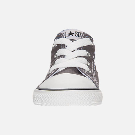 Front view of Boys' Toddler Converse Chuck Taylor Ox Casual Shoes in Grey/White