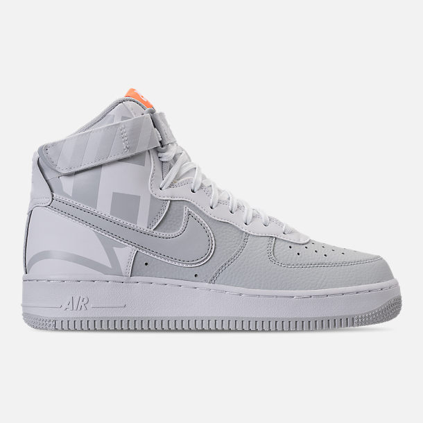 Right view of Men's Nike Air Force 1 High '07 LV8 Casual Shoes in Matte
