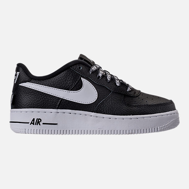 Right view of Boys' Grade School Nike NBA Air Force 1 Low LV8 Casual Shoes in Black/White