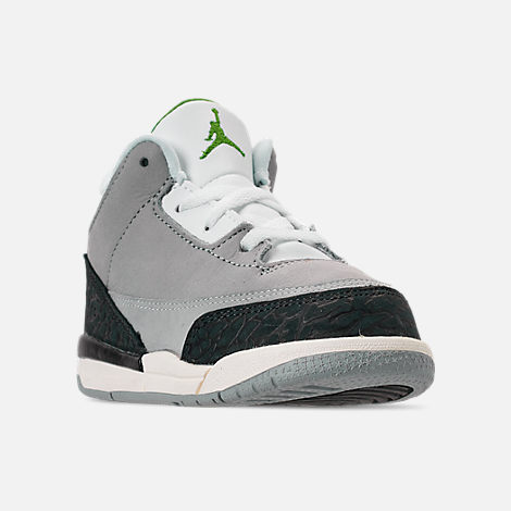 d46dec0ea9ffa8 Three Quarter view of Kids  Toddler Jordan Retro 3 Basketball Shoes in  Light Smoke Grey