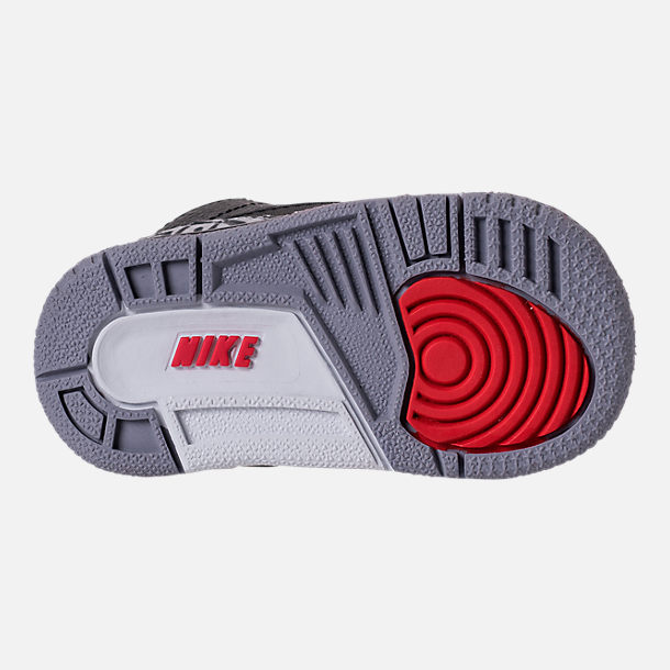 Bottom view of Kids' Toddler Jordan Retro 3 Basketball Shoes in Black/Fire Red/Cement Grey