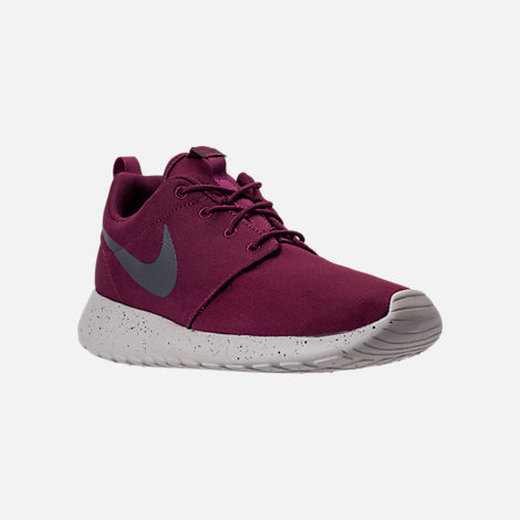 Three Quarter view of Men's Nike Roshe One SE Casual Shoes in Bordeaux/Anthracite/Pale Grey