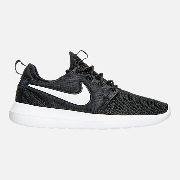 Right view of Women's Nike Roshe Two Casual Shoes in Black/White