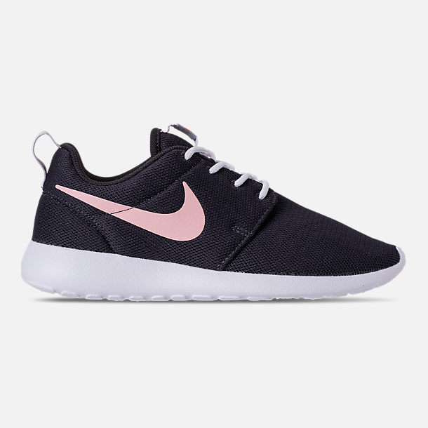 Right view of Women's Nike Roshe One Casual Shoes