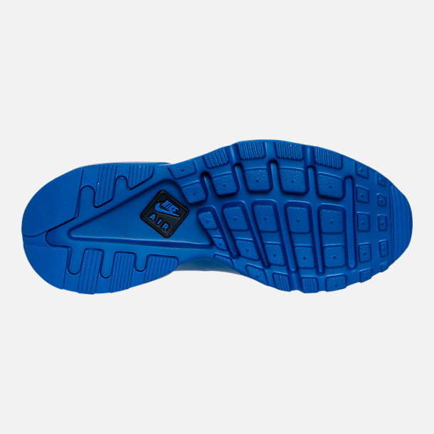 Bottom view of Boys' Big Kids' Nike Air Huarache Run Ultra Casual Shoes