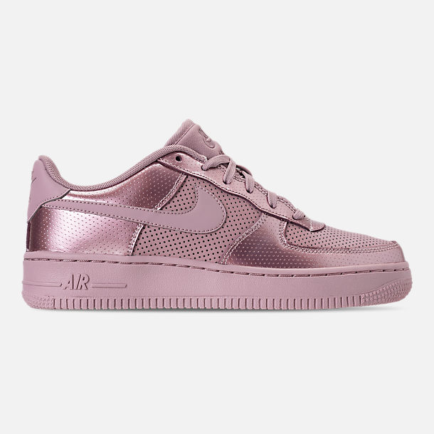 Right view of Girls' Big Kids' Nike Air Force 1 LV8 Casual Shoes in Elemental Rose/Elemental Rose