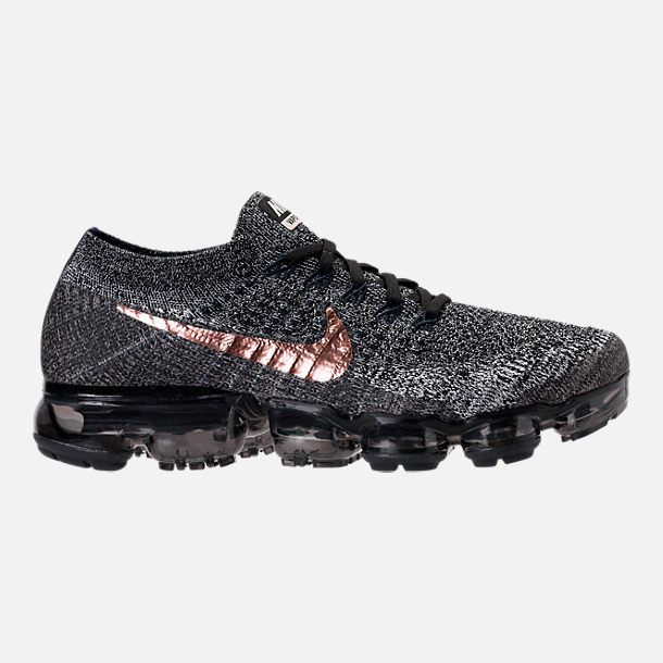 Right view of Men's Nike Air VaporMax Flyknit Running Shoes in Black/Summit White/Red Bronze