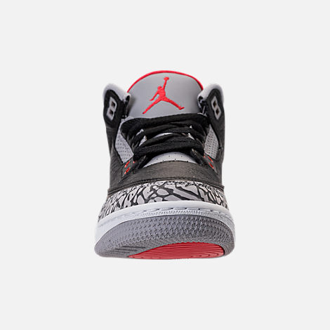 Front view of Kids' Grade School Air Jordan Retro 3 Basketball Shoes in Black/Fire Red/Cement Grey