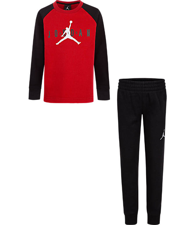 Front view of Boys' Little Kids' Air Jordan Fleece Sweatshirt and Pants Set in Black