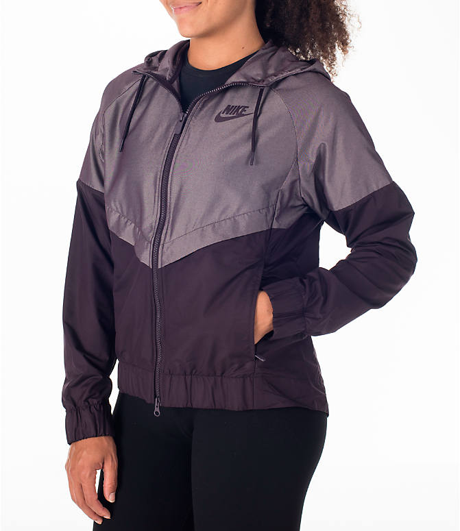 Front Three Quarter view of Women's Nike Sportswear Ripstop Windrunner Jacket in Port Wine