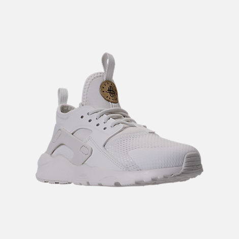 Three Quarter view of Girls' Preschool Nike Huarache Run Ultra Casual Shoes in Summit White/Metallic Gold Star