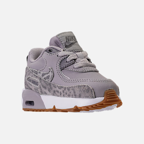 Three Quarter view of Girls' Toddler Nike Air Max 90 SE Leather Running Shoes in Atmosphere Grey/Gunsmoke/Gum Light Brown
