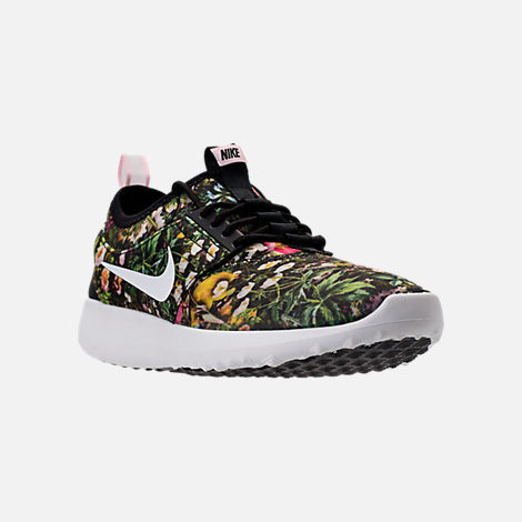 Three Quarter view of Women's Nike Juvenate SE Casual Shoes in Black/Summit White/Prism Pink