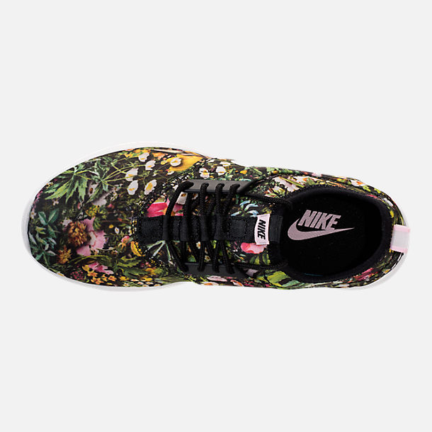 Top view of Women's Nike Juvenate SE Casual Shoes in Black/Summit White/Prism Pink