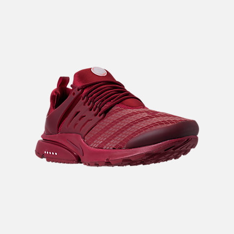 Three Quarter view of Men's Nike Air Presto Low Utility Casual Shoes in Team Red/White