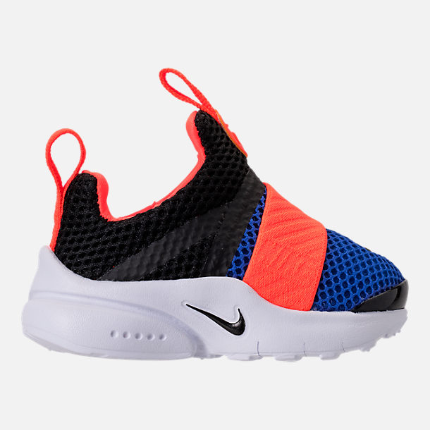 Right view of Boys' Toddler Nike Presto Extreme Running Shoes in Black/Racer Blue/Total Crimson