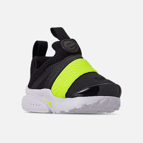 Three Quarter view of Boys' Toddler Nike Presto Extreme Casual Shoes in Black/Volt Black/White