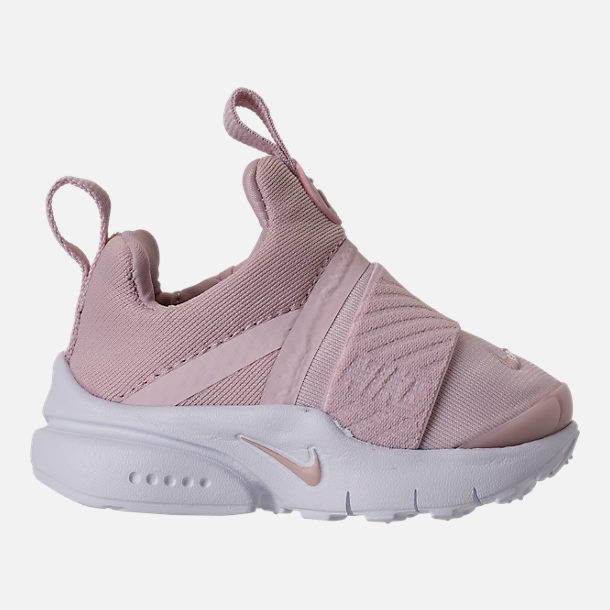 Right view of Girls' Toddler Nike Presto Extreme Running Shoes in Barely Rose/White/Black