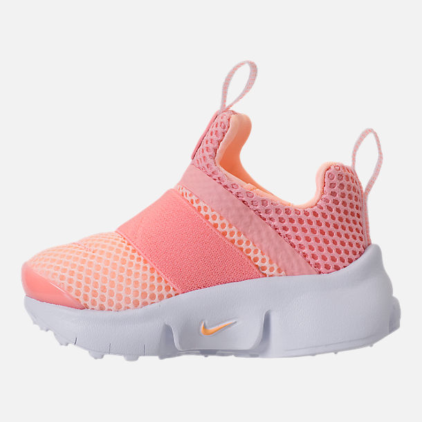 Left view of Girls' Toddler Nike Presto Extreme Running Shoes in Bleached Coral/Crimson