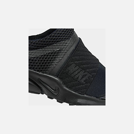 Front view of Boys' Little Kids' Nike Presto Extreme Running Shoes in Black/Black/Black