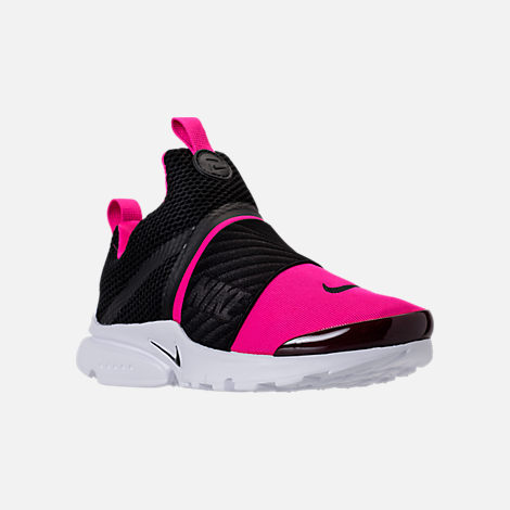 Three Quarter view of Girls' Preschool Nike Presto Extreme Running Shoes in Black/Pink Prime/White